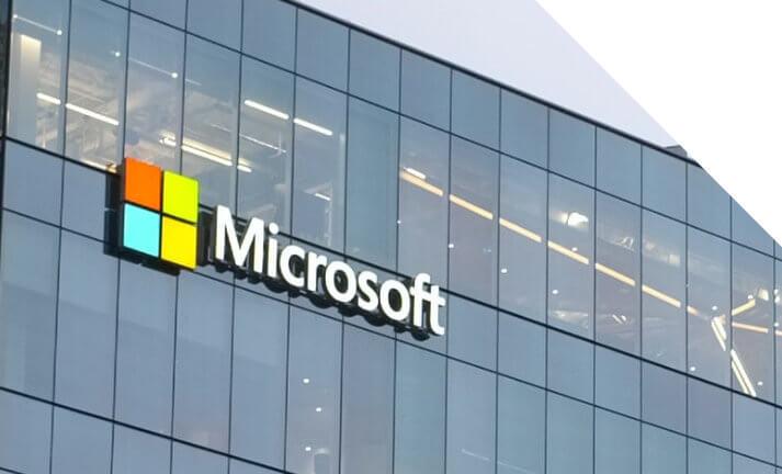 Transformacja cyfrowa w Polsce - Microsoft inwestuje 1 mld dolarów.